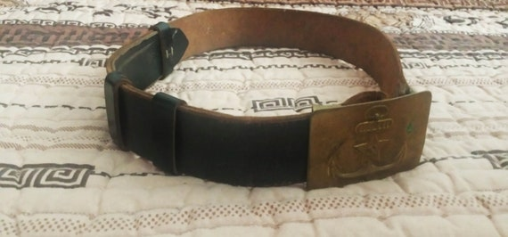Vintage soldier belt, old leather army belt, milta