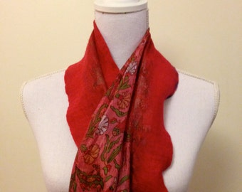 Rose Pink -  handmade felted wool and silk scarf with pretty floral silk