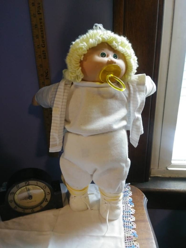 Yellow Hair Cabbage Doll with Green Eyes with Pacifer
