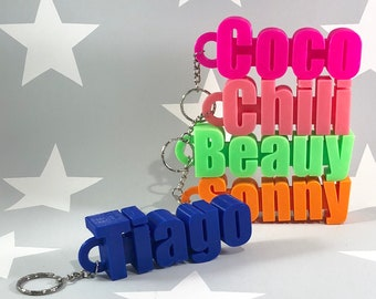 Large Chunky Keyring - Keychain - Personalised 3D Printed - Party Bag  Fillers - School Bag - Birthday - Small Gifts - Wedding Favours 3d6cd71ecd10