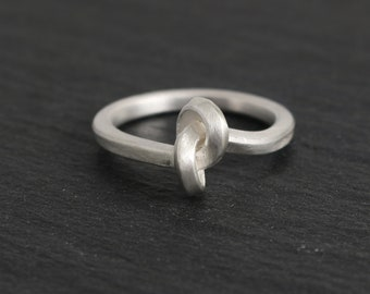 Knots ring, silver ring, engagement ring, application ring, infinity, knot, design, plain, silver, handmade