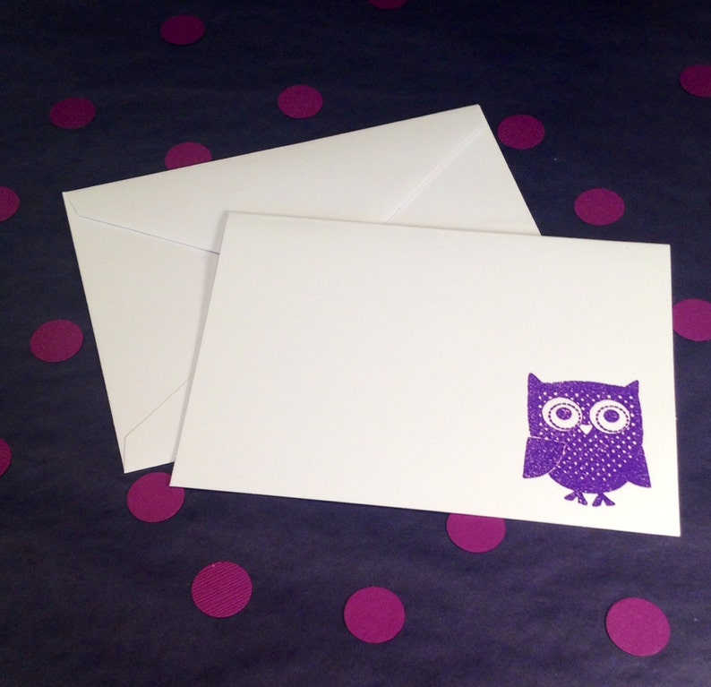 Purple and White Set of 8 Owl Folded Note Cards and Envelopes
