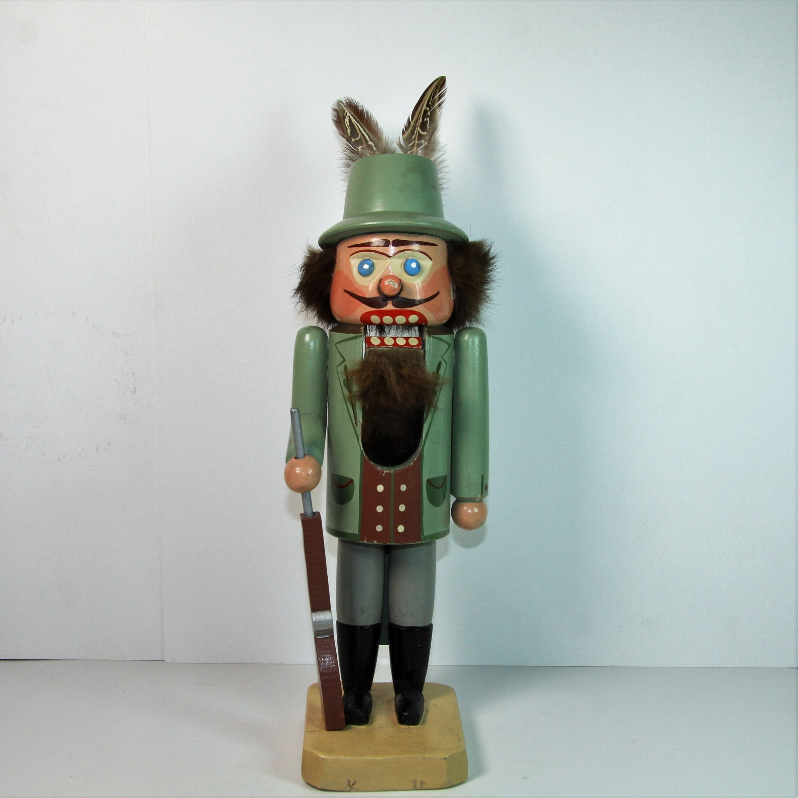Erzgebirge figure, Beautiful big vintage handpainted wooden german nutcracker, kuhnert erzgebirge hunter,forester, nutcracker