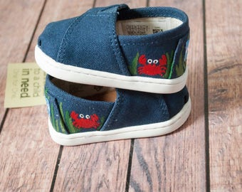 89f7e784507 Underwater themed hand painted tiny Toms