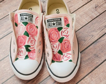 80600a2bdbb Rose Floral Converse