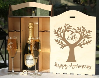 Personalized Champagne box,Engraved Champagne Box,Champagne Box Glasses,Engraved Champagne Glasses,Anniversary Gift,Wedding Gift,Champagne