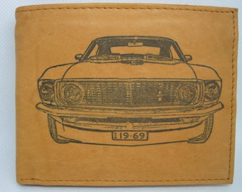 Men/'s Leather Bi-Fold Wallet with Custom 2013 Shelby GT500 Mustang Car Image *Makes a Great Gift*