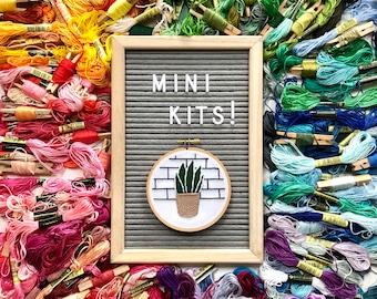 Mini Plants Embroidery Kit Beginner Pattern. Plants embroidery Kit. Plant hoop art kit. Embroidery Kit. Craft kit for adults. Plants diy kit