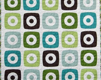 Boxy Rings Baby Quilt Pattern