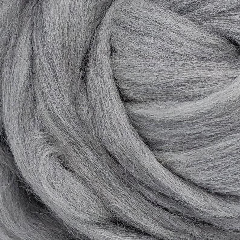 Wool Fiber Spinning Merino Roving Natural Gray