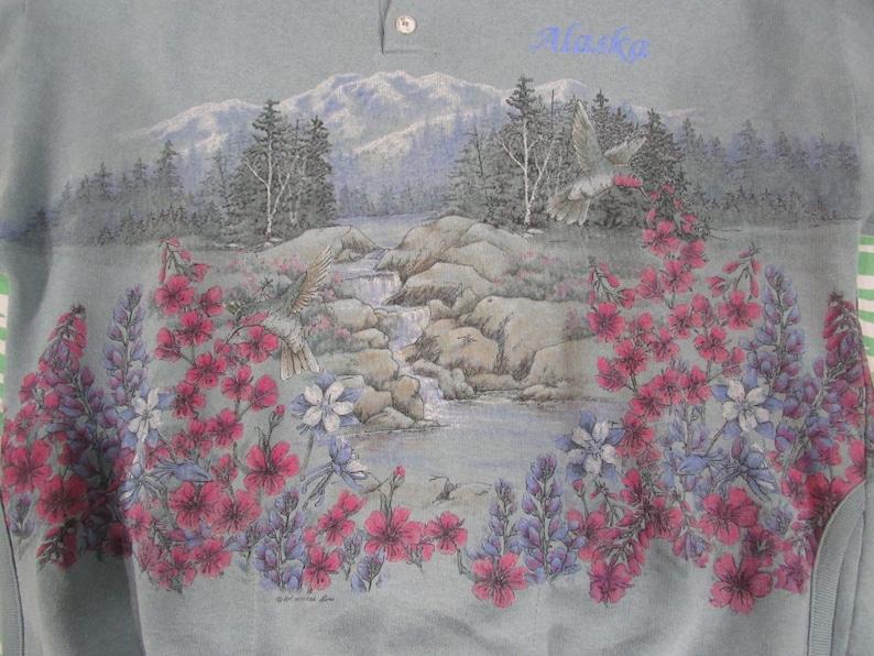 sz M Beautiful ART UNLIMITED all over print Alaska flowers and nature sweatshirt totally cute