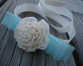 Wedding corsage-Wedding wrist corsage-Sola Flower Corsage-Personalized Bridesmaid gift-