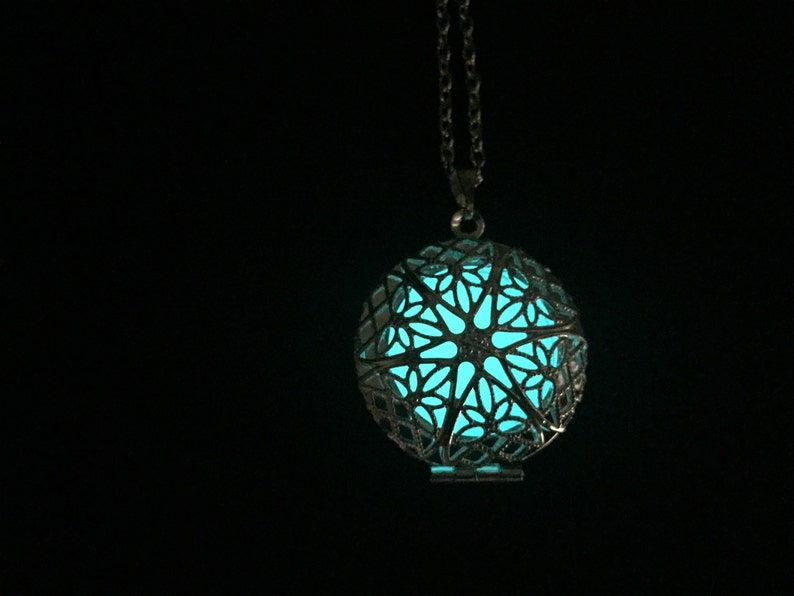 Glowing necklace-Glow in the dark necklace Sale-steampunk
