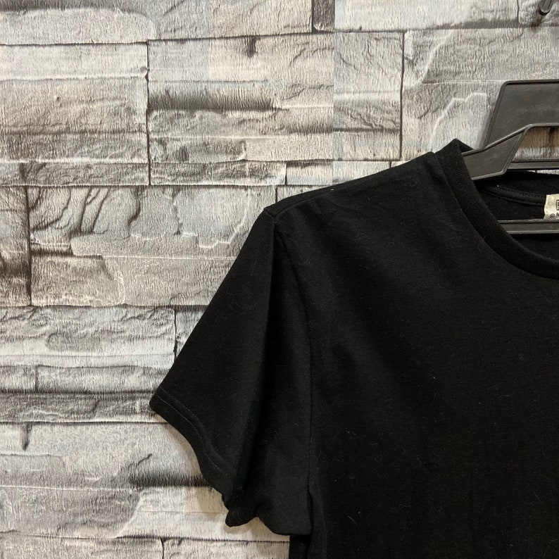 vintage t shirt peanuts size M fit S black Vintage Snoopy t shirt big logo japanese.