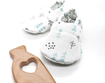 Baby slippers fabric patterns mint and gray