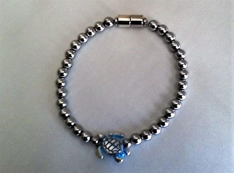 Sea Turtle Lovers silver plated Bracelet with magnetic Clasp