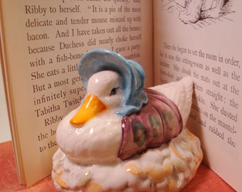 Jemima Puddleduck Figurine   Beatrix Potter Beswick England