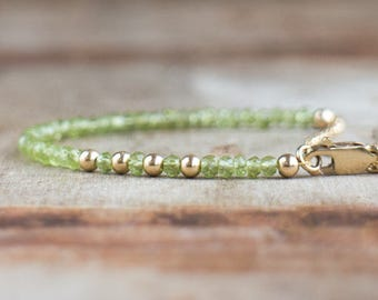 Peridot Bracelet, Gemstone Bracelet, Dainty Bracelet,Boho, Stacking Bracelet, Birthday Gift for Wife, Peridot Jewelry, August Birthstone,