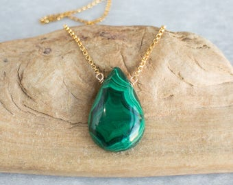 Malachite Necklace, Gemstone Necklace, Gift for Her, Malachite Jewelry, Malachite Pendant, Gold Necklace, Silver Necklace, Green Necklace