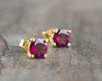 Rhodolite Garnet 14K Gold Stud Earrings, January Birthstone Fine Jewelry Gift for Wife