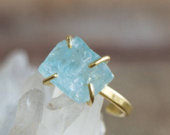14k Solid Gold Raw Aquamarine Ring