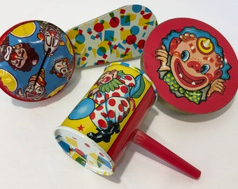 Set of 4 Vintage tin litho Noisemakers U.S Metal toy Mfg Made in USA
