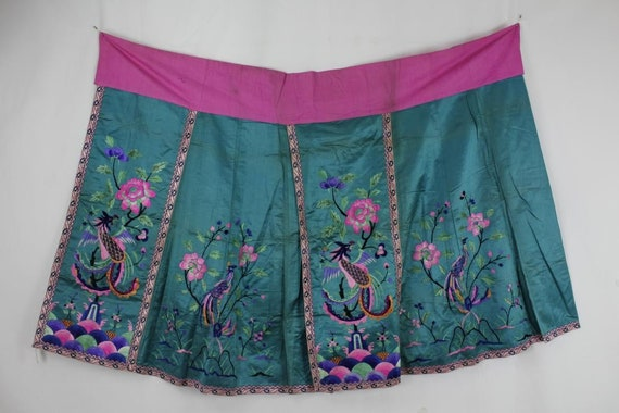 A Chinese Bird and Flower Green Embroidery Skirt F