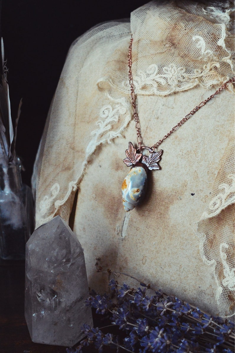 Agate crystal shell necklace \u00b7 natural raw crystal jewellery \u00b7 electroformed crystal necklace \u00b7 copper jewelry \u00b7 raw necklace