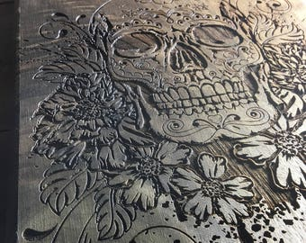 Personalized Sugar Skull Cutting Board, Unique Gifts for Women, Housewarming Gift, Unique Gifts for Sisters, Unique Gifts for Mom, Engraved