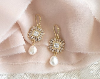 Bridal Jewellery Set,Pearl Jewelry Set,Pearl Necklace,Pearl Earrings,Wedding Jewelry Set,Bridal Earrings,Bridal Necklace,Personalized Gift !
