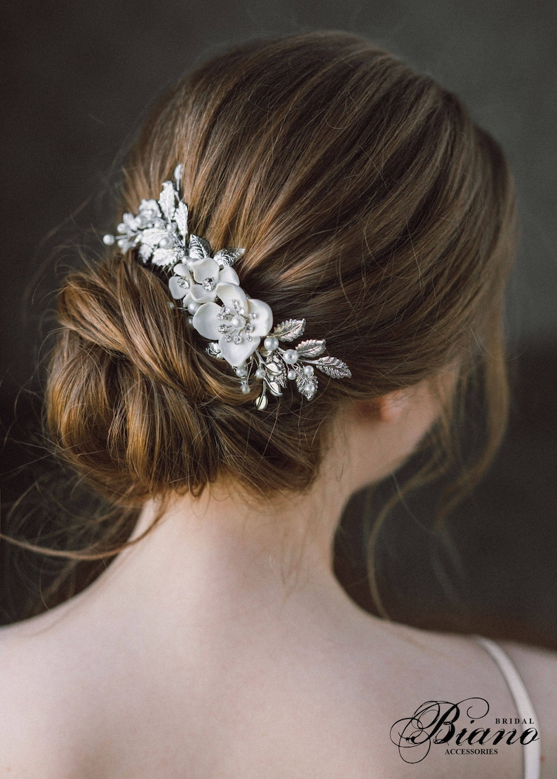 Wedding Hair Comb Leaf hair comb Pearl Bridal Hairpiece image 0