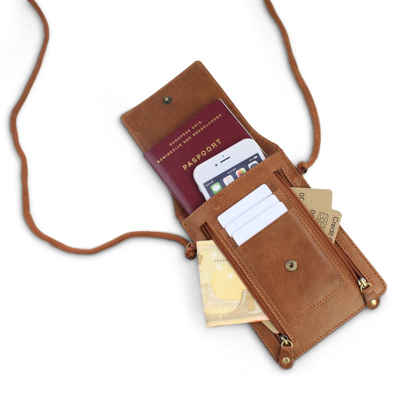 5c3b5d6d85b Nektas Omhangtas RFID Echt leer | Etsy