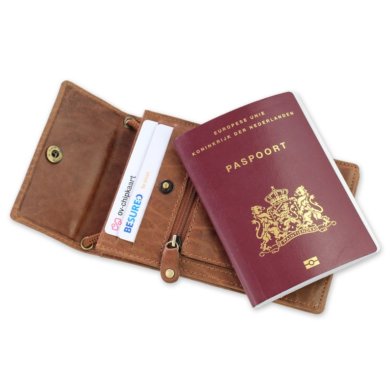 bfaf2f5ee99 Echt Leren XL Paspoort Nektasje / Reistasje voor Iphone 6 of | Etsy
