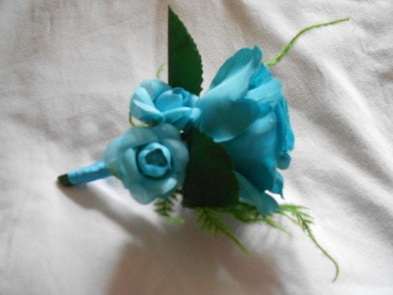 Royal Bleu Organza Ruban /& Bow 7 X Mariage Tournesol en Boutonnière CORSAGES