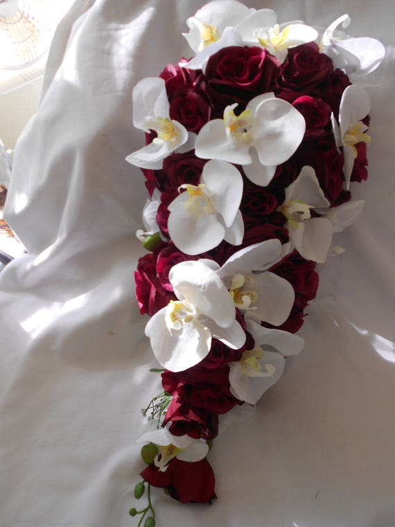 Mariee Bouquet De Mariage Bourgogne Roses Orchidees Blanches 8 Pieces
