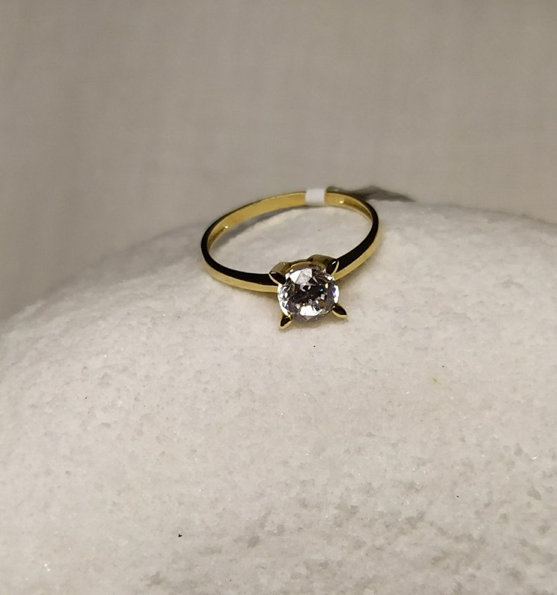 14K Gold 585 Size 6 34 US \u2013 8790 Solitaire Ring with Cubic Zirconia