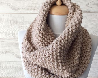 Chunky Knit Scarf Wool K it Cowl Scarf Knit Infinity Scarf Womens Scarves Fall Winter Fashion Knit Cowl / FAST DELIVERY