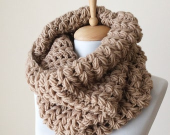 Knit chunky scarf knit scarf knit scarf wool infinity scarf mens womens scarf winter fashion christmas gifts  / FAST DELIVERY