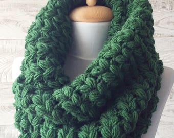 670d17bfc Chunky Scarf Infinity Scarf Knit Cowl Winter Scarf Circle Scarf Crochet  Cowl Many Colors / Fast Delivery