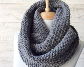 Gray knit infinity scarf wool scarf chunky knit scarf circle winter scarf womens scarf / FAST DELIVERY