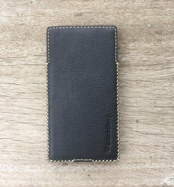 huge selection of 8c9dd 0f27b Blackberry Priv Leather Case with Built-in Holster Dot Black Leather
