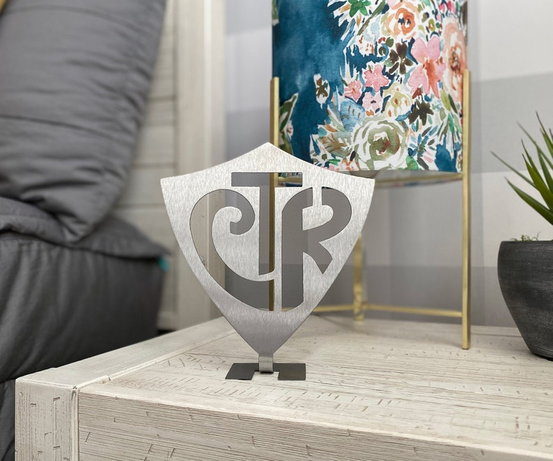 CTR Choose the Right Stand Up Shield image 0
