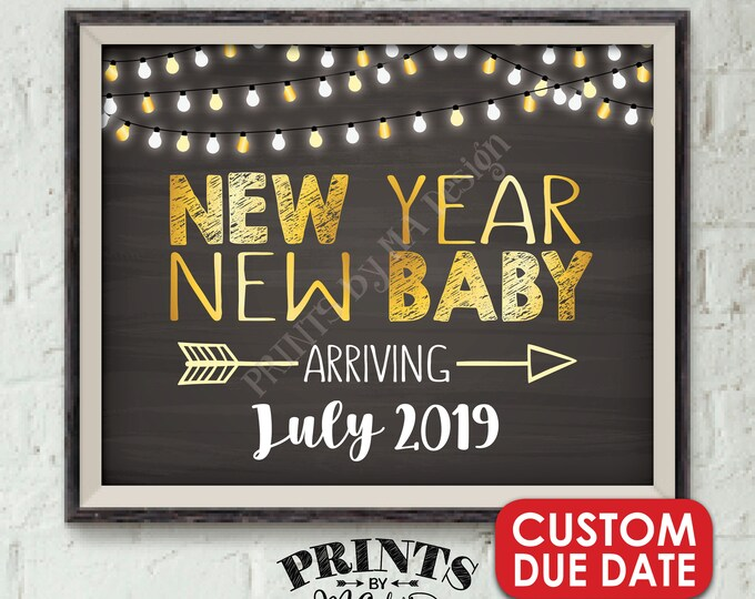 """New Years Pregnancy Announcement, New Year New Baby in 2019, Expecting in 2019, Chalkboard Style PRINTABLE 8x10/16x20"""" Pregnancy Reveal Sign"""