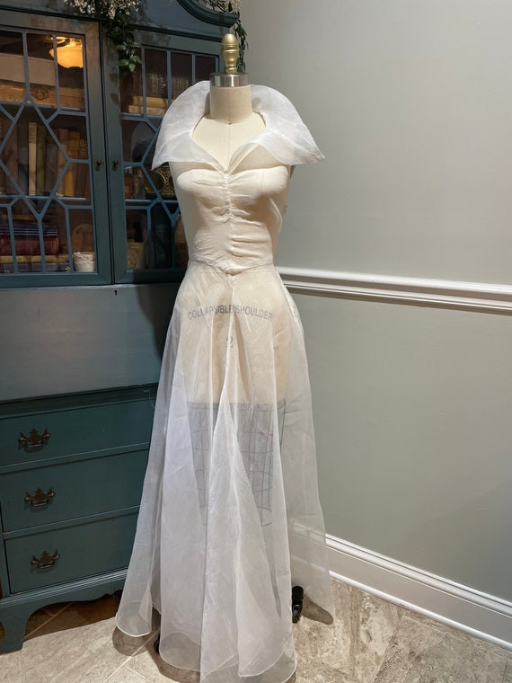 Late 30s Early 40's White Organdy Bias Cut Dress - image 1