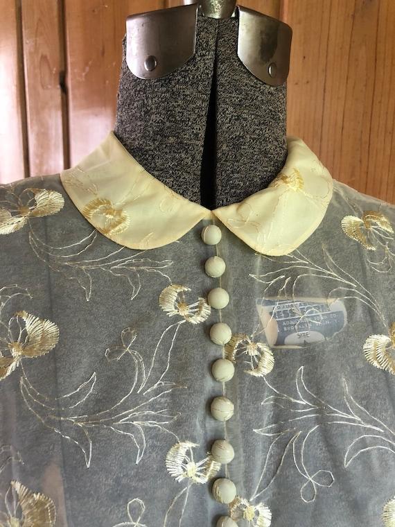1950's Summer Nylon Embroidered Dress - image 4