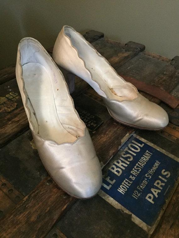 1920's Cream Silk Satin Wedding Shoes