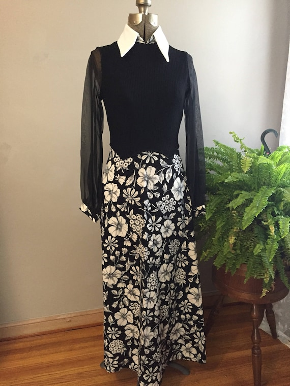 1970's Hostess Maxi Dress