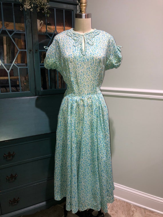 Late 1940s early 1950's Cotton Day Dress