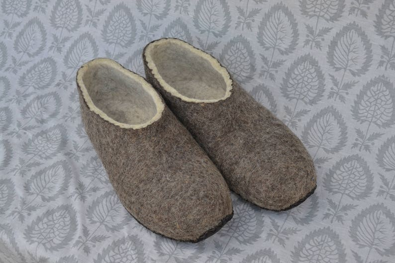 7382613d1bd Felted Slipper Brown full slippers wool, simple Felt woolen slippers eco  frendly slippers, home wool shoes, natural wool slippers gift