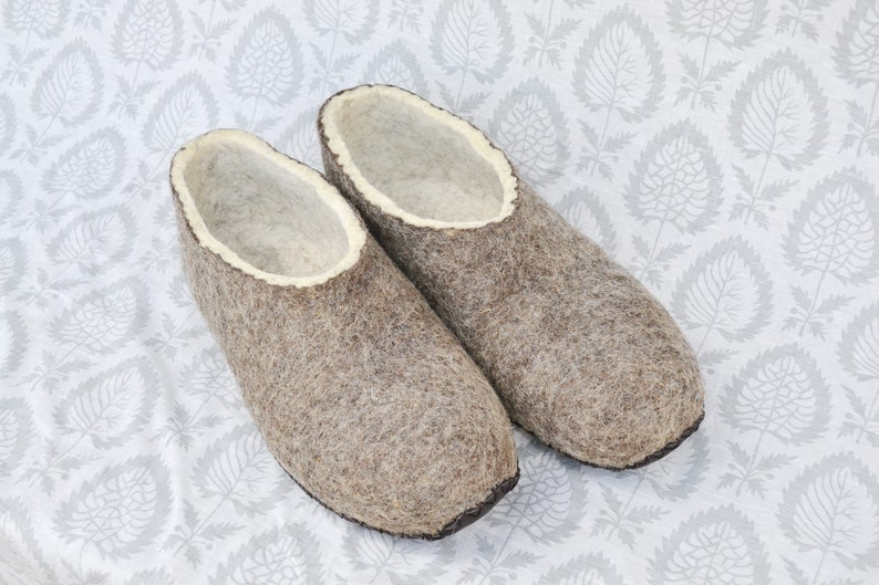 37924e3e753 Felted Slipper, Brown woolen warm slippers, eco frendly slippers, home  woolen shoes